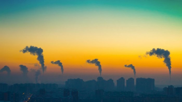 climate-change-co2-emissions-evening-view-industrial-landscape-city-smoke-586646627-1068x601.jpg